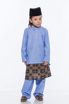 MiQA in Periwinkle Blue with Instant Samping