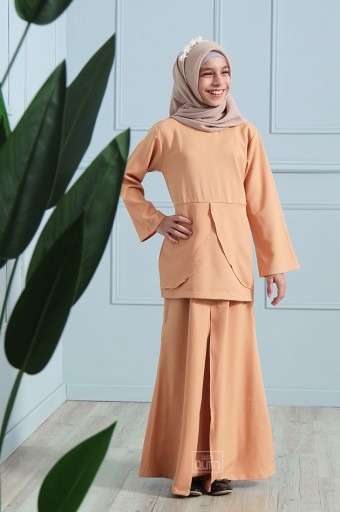 Arianna Kurung in Honey Yellow