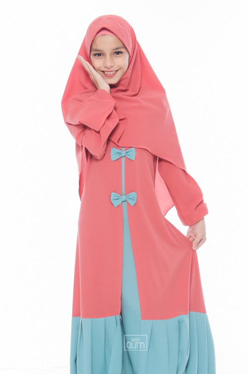 Jubah Naura Ribbon in Coral Peach & Blue