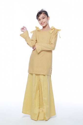Haneez Kurung in Corn Yellow