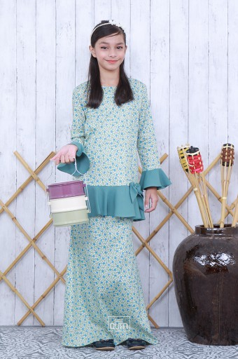 Sophie Bow Kurung in Aqua Green