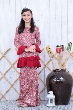 Sophie Bow Kurung in Velvet Red
