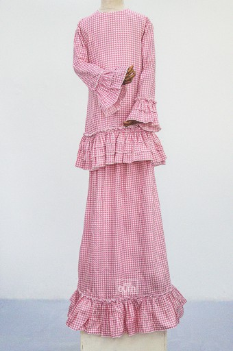 Naomi Kurung in Honey Pink