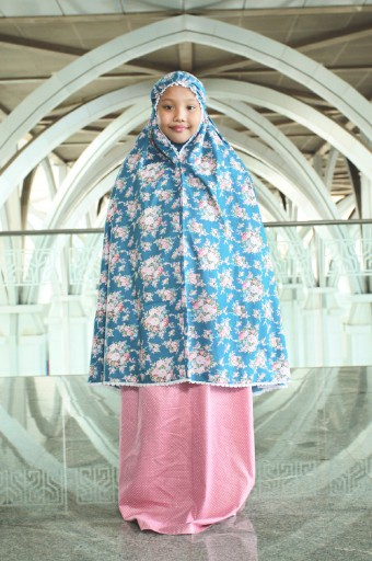 Telekung Khayla in Blue & Rose Pink