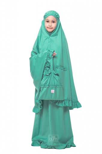 Telekung Ruffles in Kiwi Green